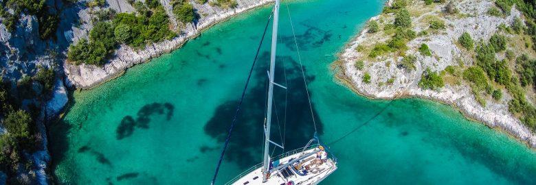 Top Yacht Sailing